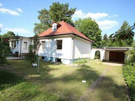 Sonniges EFH nahe Krüpelsee, 4 Zimmer, Garagen Nebengelass auf 800 m² Land