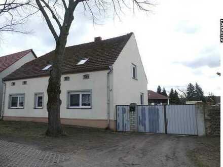 Einfamilienhaus mit viel Nebengelass und Anbaumöglichkeit!