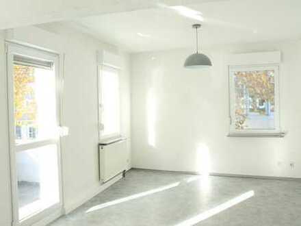 (KEINE MAKLERPROVISION) Sanierte 5-Zimmer-Wohnung in Oberesslingen