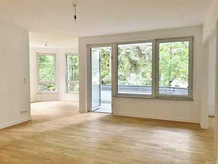 Großzügige 3-Zimmer-Wohnung in Lichterfelde ~ Eichenparkett ~ neue Einbauküche ~ Fußbodenheizung