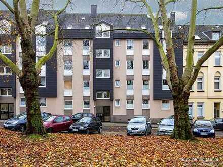 Eine Maisonette mit Stil: 5 Zimmer, Küche, Diele, Bad, Loggia und Garage in Essen-Frohnhausen