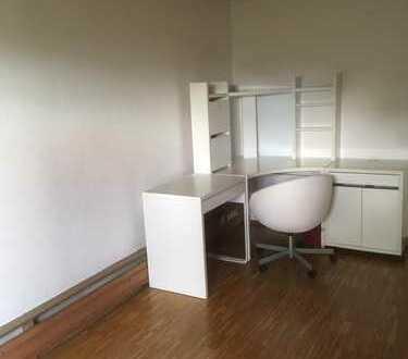 Schöne, geräumige 1 Zimmer Wohnung in Eppelheim