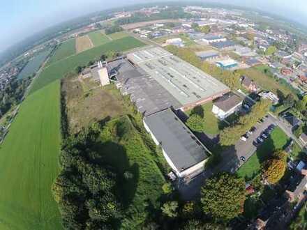 Ehemalige Möbelfabrik: Ca. 600 m² Verwaltung + 2.000 m² Ausstellung + ca. 12.000 m² Hallenflächen