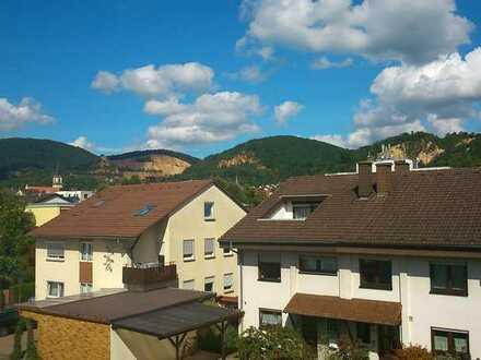 Möblierte 1-Zimmer-Wohnung mit Balkon und Einbauküche in Dossenheim