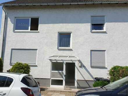 VON PRIVAT: Schöne hochwertige 4-Zimmer--Wohnung mit Balkon in Hemsbach