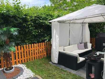 Schöne zwei Zimmer Garten-Wohnung in München, Neuhausen am Olympiapark