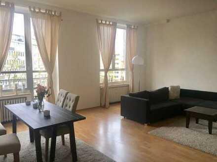 Altbau, Hohe Decken, Kö Nähe, 104 m², 3 Zimmer - von Privat