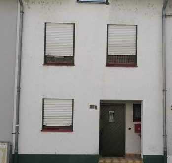 Helles Reihenmittelhaus in Karlsruhe, Knielingen