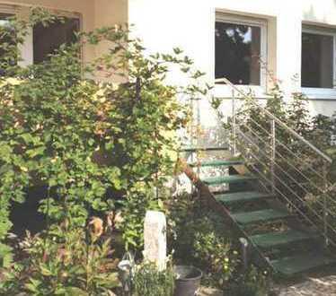 PROVISIONSFREI - 4,5 Zimmer Gartenwohnung in Darmstadt-Waldkolonie