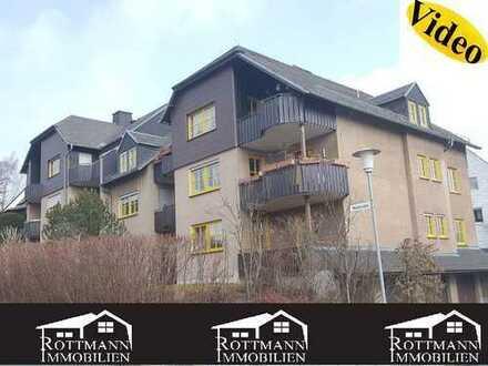 3-Zimmer Hochparterre-Wohnung in Hof/Moschendorf, Balkon, Garage