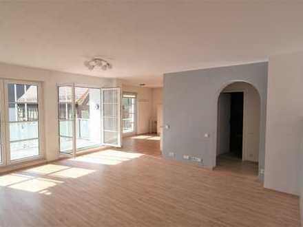 Wunderschöne 3 Zi-Wohnung in der Innenstadt von Eschborn!