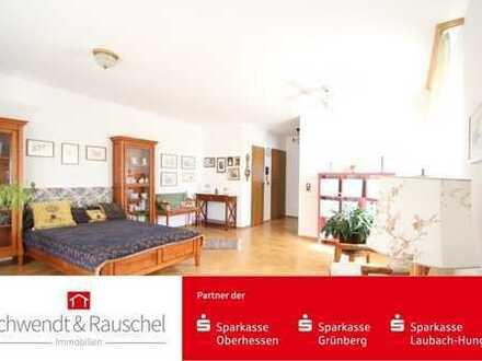 Gepflegte 2 Zimmer Eigentumswohnung in FB-Ossenheim!