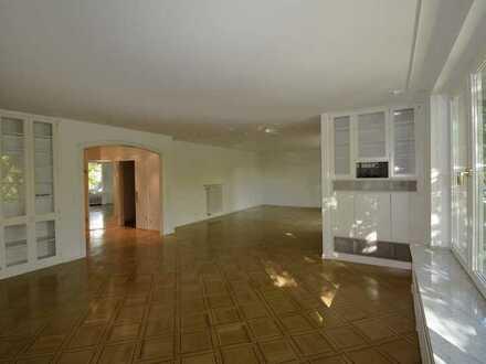 Bildschöne Bel-Etage! Exklusiv ausgestattete, ca. 134 m² große Wohnung in Top-Lage Bredeney