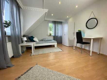 Wunderschönes Möbliertes Zimmer in Renningen Inkl. Reinigung