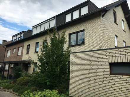 Schöne drei Zimmer Wohnung mit Blick ins Grüne in Mönchengladbach - Neuwerk