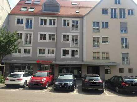 Helle 4-Zimmer-Wohnung mit Lift neben dem Rathausplatz in Kempten (Allgäu)