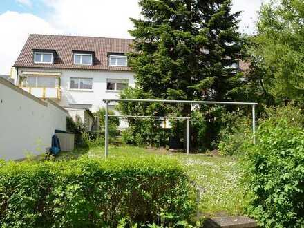 frisch renovierte 3 Zimmer Wohnung in Schweinfurt Oberndorf, ideal für junges nettes Paar...