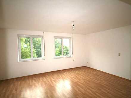 Neue Küche - gute Aufteilung - helle Räume - super Balkon - WG-geeignet! - beste Lage am Jakober Tor