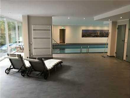 RE/MAX - Luxus 4 Zimmer Wohnung im Westend mit Pool