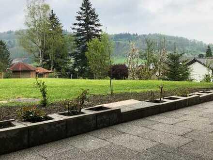 Erstbezug nach Sanierung: ansprechende 2,5-Zimmer-Wohnung mit Einbauküche und Balkon in Auenwald
