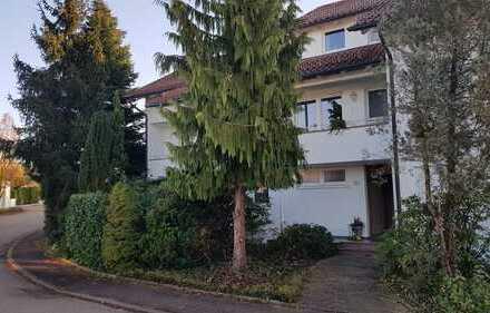 Haushälfte mit Garten u. Pool sowie Einliegerwohnung in Bestlage von Schwäbisch Gmünd