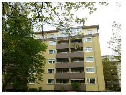 3-Zimmer-Wohnung mit Balkon und Einbauküche in Nürnberg/Röthenbach