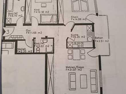 Gepflegte 3-Raum-Wohnung mit Balkon und Einbauküche in Titisee-Neustadt