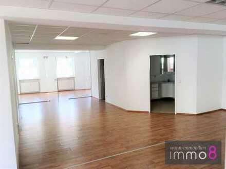 Moderne Büro- / Praxisräume in Bestlage!