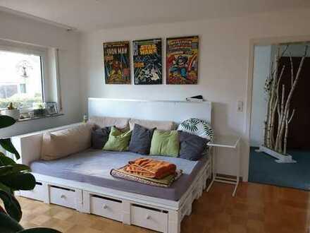 Erstbezug nach Sanierung mit EBK und Balkon: exklusive 3-Zimmer-EG-Wohnung in Filderstadt