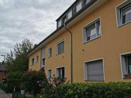 Einziehen und wohlfühlen - Top 3 - Zimmerwohnung in Porz-Wahnheide