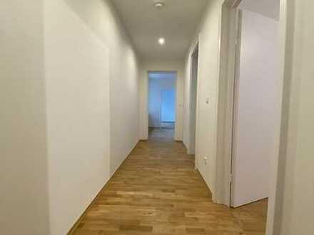Frisch sanierte 3 Zimmer Wohnung in bester Lage