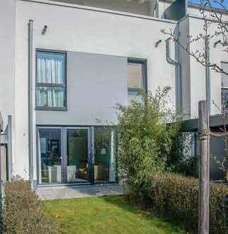 Family House, 4 bedrooms, 2 Bathrooms, 53175 Bonn