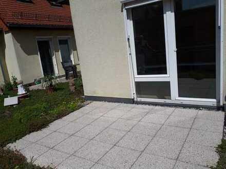 Single 2 Zi-Wohnung mit Gartenterrasse in gepfl. Stadthaus am Marktplatz in Coswig
