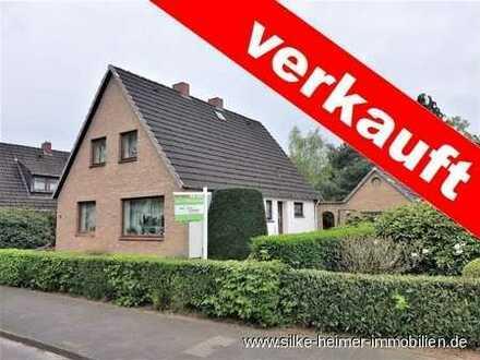 !! Solides Einfamilienhaus auf riesigem Grundstück in ruhiger Lage von Lesum sucht Handwerker !