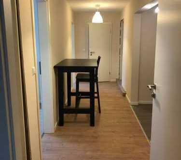 Erstbezug nach Sanierung mit Einbauküche: exklusive 4-Zimmer-Dachgeschosswohnung in Karlsruhe