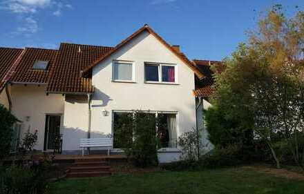 Schönes, geräumiges Haus mit fünf Zimmern im Rheingau, Geisenheim/Johannisberg