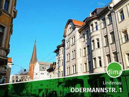ERSTBEZUG | Balkon | Parkett | Fußbodenheizung | Aufzug | Keller | offene Wohnküche | Wanne + Dusche