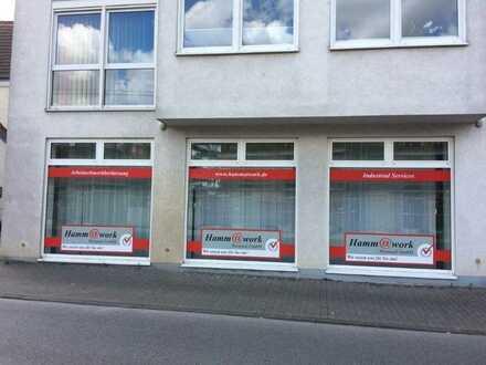 Büro / Ladenlokal in zentraler Lage in Dortmund-Brackel