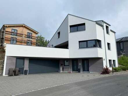 Schöner, heller Praxisraum, Büro oder Studio in ruhigem Wohngebiet von Isny mit Stellplätzen