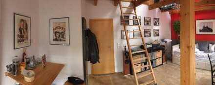Einzigartiges möbliertes Zimmer in toll ausgestatteter Maisonette-Altbau-Wohnung