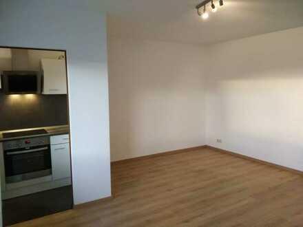 Sanierte 1-Zimmer-Wohnung mit Einbauküche, Balkon und Aufzug in Ansbach