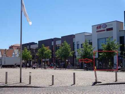 Ladenfläche in der Innenstadt von Cuxhaven in der Nordsee-Galerie
