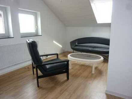 1-Zimmer-DG-Wohnung mit Einbauküche in Sindelfingen-Nord