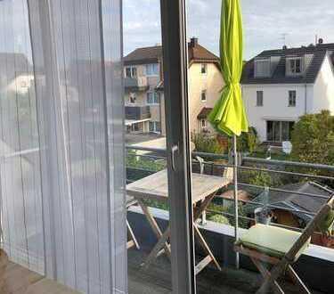 Top -DG- 2-Zimmer-Maisonette-Wohnung mit Balkon in Köln - Merkenich
