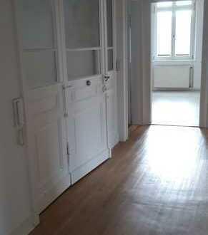 Freundliche, vollständig renovierte 4-Zimmer-Wohnung in Freinsheim