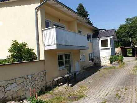 Großzügiges Haus mit 8 Zimmern und zwei Terrassen