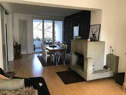 Schicke Altbau-Wohnung im beliebten Kreuzviertel!
