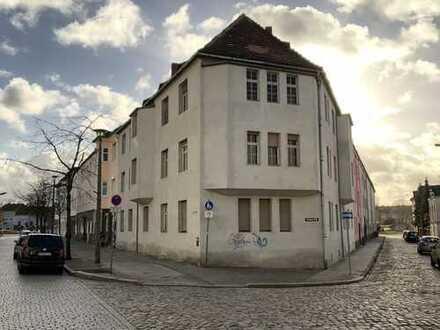 MEHRFAMILIENHAUS mit 11 Wohnungen zu verkaufen