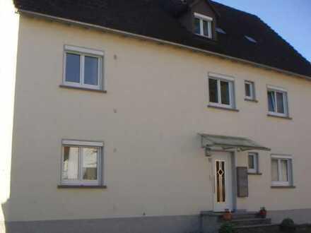 ..:: SUCHEN-FINDEN-MIETEN ::.. 4-Zimmer-Wohnung zu vermieten