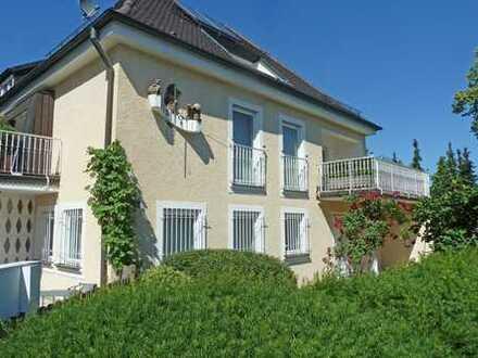 Repräsentatives Zweifamilienhaus mit Praxisräumen in Neustadt an der Donau